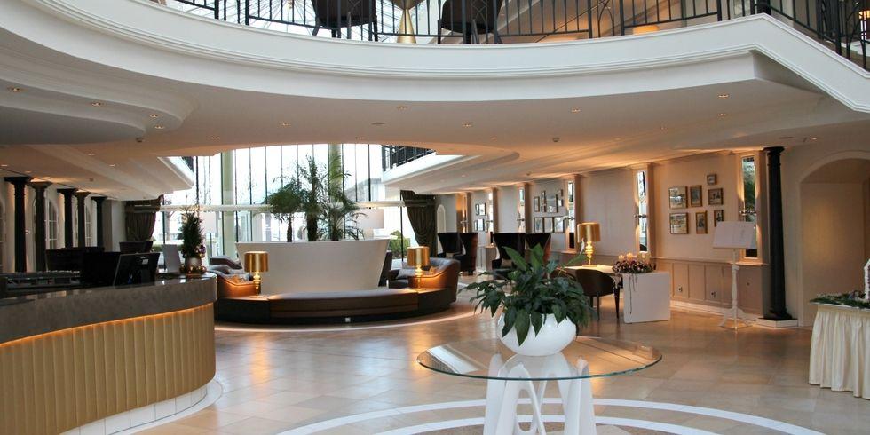 Travel charme kurhaus binz pr sentiert neues atrium for Design hotel kette