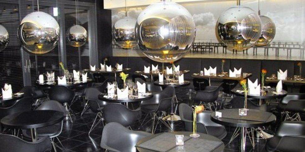 Dezenter luxus in schwarz allgemeine hotel und for Design hotel ueberfluss