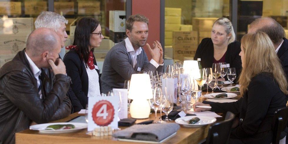 Intergastra Round Table: Jan Dinter von Celebrate Streetfood (Mitte) argumentiert für mehr Individualität