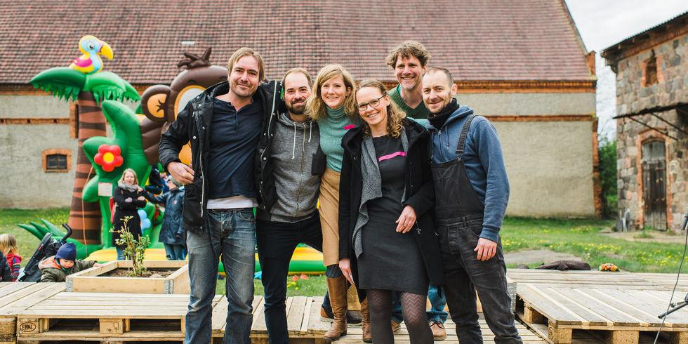 Die Macher: Janosch Dietrich (Zweiter von rechts) mit dem Coconat-Team