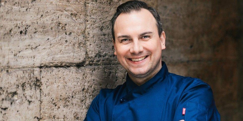 Kulinarischer Überflieger: Tim Raue hält 2 Michelin-Sterne
