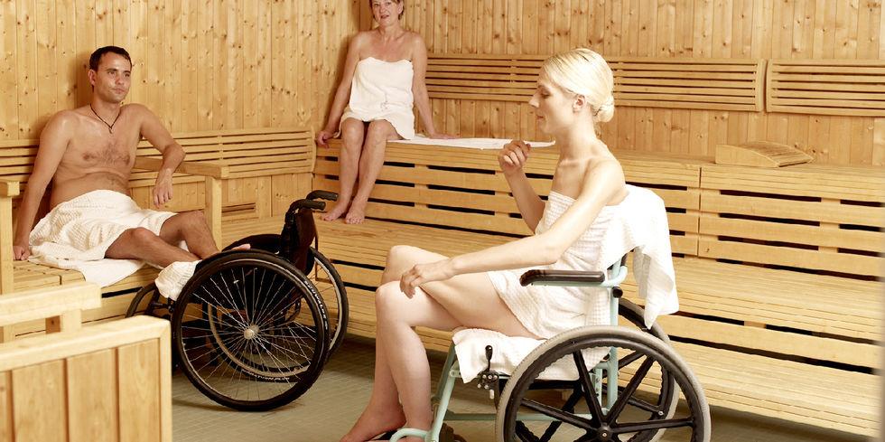 mit dem rollstuhl in die sauna allgemeine hotel und gastronomie zeitung. Black Bedroom Furniture Sets. Home Design Ideas