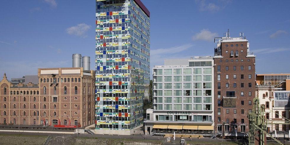 meli hotels plant f nftes hotel in d sseldorf. Black Bedroom Furniture Sets. Home Design Ideas