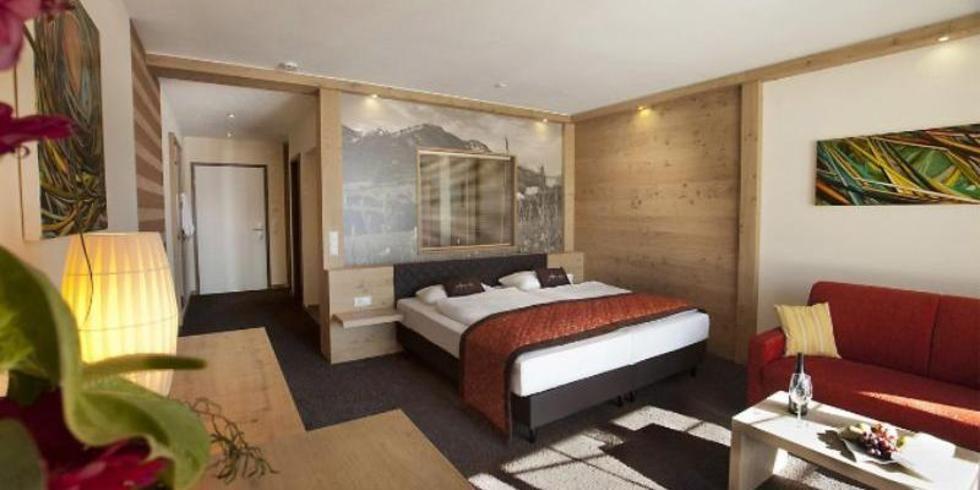 panorama hotel oberjoch zeigt musterzimmer allgemeine hotel und gastronomie zeitung. Black Bedroom Furniture Sets. Home Design Ideas
