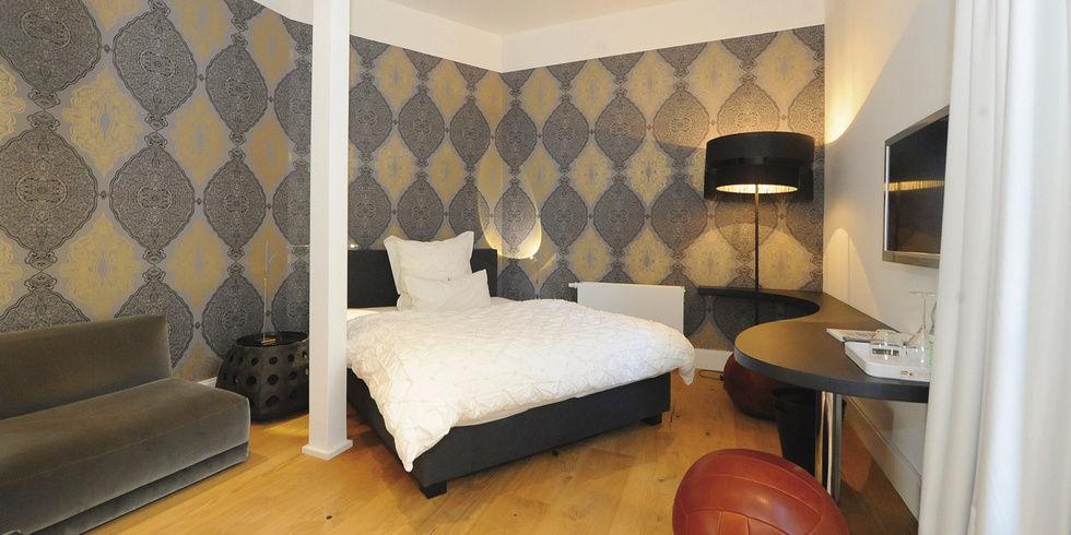 bernachten im musterzimmer allgemeine hotel und gastronomie zeitung. Black Bedroom Furniture Sets. Home Design Ideas