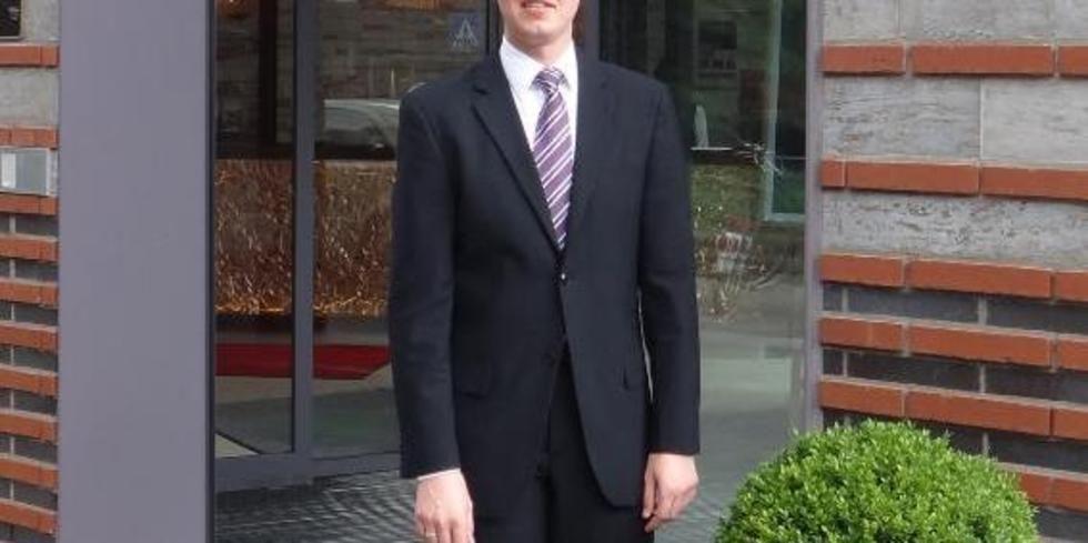 Bernd Kerkhoff Fuhrt Treff Hotel Munster City Centre Allgemeine