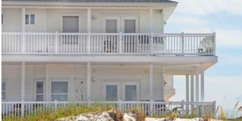Ein beach hotel und eine bretterbude f r heiligenhafen for Design hotels am meer