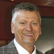 Olaf Schöpe als Präsident des DEHOGA Brandenburg bestätigt