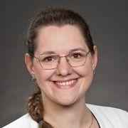 Christina De Nardo-Hackenberg steigt auf