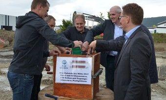 Grundsteinlegung in Lindau: Der Hotelneubau soll nach rund einem Jahr Bauzeit als Best Western Plus Marina Star Hotel Lindau eröffnen
