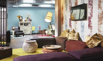 Wohnzimmer-Revival: Im 25hours Hotel in Wien geht es behaglich-loungig zu.