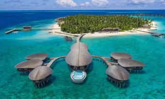 Luxus-Offensive: Das St. Regis Maldives Vommuli Resort ist seit November am Start