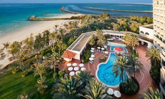 Blazon Hotel Ajman: Blick auf den Arabischen Golf von jedem Zimmer