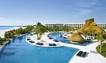 Luxus in der Ferienhotellerie: Dafür steht AM Resorts, hier das Secrets Maroma Beach Riviera Cancun