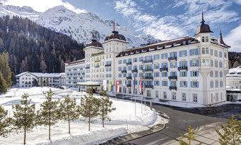 Stilvoller Luxus: Das Kempinski Grand Hotel des Bains aus dem Jahr 1846. Es befindet sich direkt gegenüber der Seilbahn in St. Moritz.
