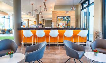 Wird es auch im neuen Loginn by Achat Messe-Hannover geben: Hier die Friends Bar & Restaurant des Loginn by Achat Leipzig