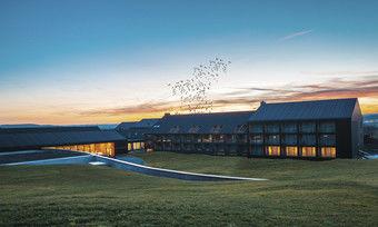 Neues und altes Hideaway im Schwarzwald: Der Öschberghof startet diese Woche wieder richtig durch