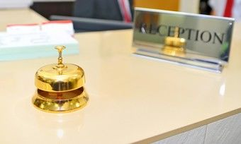 Analoger Check-in: Bisher muss der Gast laut Bundesgesetz handschriftlich unterschreiben