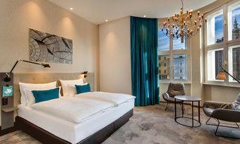 Ein Unikat: Die Zimmer unterscheiden sich beispielsweise durch die verschiedenen Fensterfronten