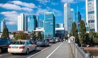 Frankfurt: Die Stadt verzeichnete bei der IAA eine gute Auslastung, wenngleich die Hotels zuletzt Federn lassen mussten