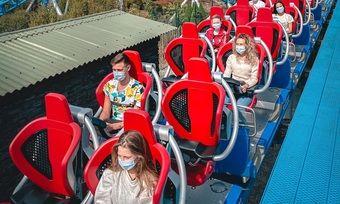 Maskenpflicht: In den Achterbahnen gelten neue Hygienevorschriften und Abstandsregeln