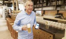 Eine App fürs Brauhaus: Geschäftsführer Nunzio Chiumenti setzt in den Schönbuch-Gastronomien auf digitales Feedback.