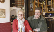 Auf Umwegen zum Gasthof: Renate und Johannes Timmermans.