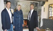 Führen das neue Spreewaldresort: (von links) Die Geschäftsführer René Kowatsch und Susanne Du Chesne sowie Hoteldirektor Dieter Haas.