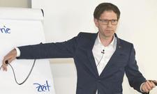 """Trendbeobachter Mathias Haas: """"Nehmen Sie sich Zeit zum Nachdenken, sonst ist es irgendwann zu spät dafür!"""""""