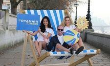 Werbung für den neuen Service: So stellt Kenny Jacobs, Chief Marketing Officer bei Ryanair, Ryanair Holidays vor
