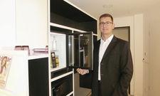 Zimmer mit Minibar: Hoteldirektor Andreas Spitzner ist überzeugt vom Standort Ostend.