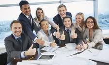 Ein engagiertes Team, das gut zusammenarbeitet: Weiterbildungs- und Aufstiegsmöglichkeiten in der Markenhotellerie erleichtern den Mitgliedshäusern das Recruiting.