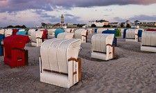 Tourismusmarketing: Kampagnen wie der Schlafstrandkorb an der Ostsee überzeugen Gäste und Fachleute