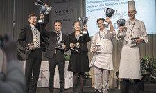 Glückliche Sieger: (von links) Lasse Storm, Marcel Pohl, Claudia Topfstedt, Dirk Hilbig und Hendrik Wegener.