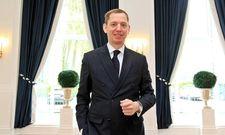 Guter Dinge: Direktor Karsten Kenneweg in den renovierten Räumlichkeiten des Dorint Park Hotel Bremen
