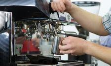 Gewusst wie: An der Kaffeemaschine muss jeder Handgriff sitzen
