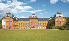 Bereits unter den Fittichen von Châteauform: Schloss Löwenstein bei Frankfurt.
