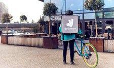 Unzufriedene Radfahrer: Angestellte von Foodora und Deliveroo äußern Kritik