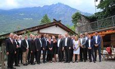 Gemeinsam für die Branche: Die Führungsspitzen der deutschsprachigen Hotel- und Gastgewerbeverbände bei ihrem Jahrestreffen in Südtirol.