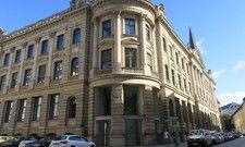 Prächtiger Bau: Die Alte Bayerische Staatsbank gehört dem Schörghuber-Konzern