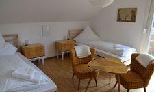 Retro-Charme: Eines der 18 Zimmer in der Black Forest Lodge in Freudenstadt.