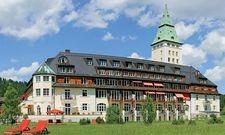 """Gute Performance, aber nicht mehr Spitzenreiter: Schloss Elmau belegt Platz 2 in der Liste der """"100 weltbesten Ferienhotels 2017"""""""
