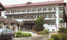 Frisch ins neue Jahr: Im Frühjahr 2018 soll ein Teil des Hotelbetriebs mit der Kernmannschaft neu eröffnet werden.