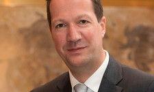 Wieder im Adlon: Hagen Hoppenstedt ist neuer Maître d'hôtel in der Lobby Bar