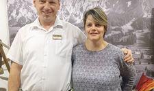 Familiäres Arbeitsklima: Mario Ivancic mit Chefin Anita Stark.