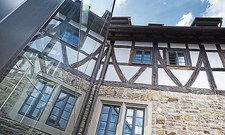 Vorbildlich: Alte Bausubstanz und moderne Materialien harmonieren im Freihof bestens.