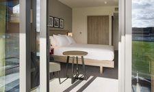 Freie Sicht: Von 85 Zimmern können die Gäste einen Blick auf den Cricket-Platz des Lancashire Country Cricket Club werfen