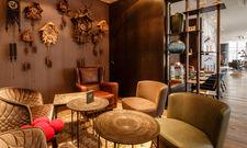 Schwarzwald-Schick in der Lobby: Motel One setzt in Freiburg auf Regionales