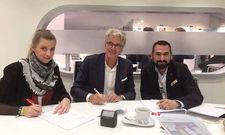 Dormero-COO Manuela Halm und CFO Tomislav Rubic unterzeichneten mit Immobilien-Entwickler Klaus Andresen