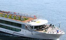 Rheinschiffer: Sogar ein Swimming Pool ist an Bord